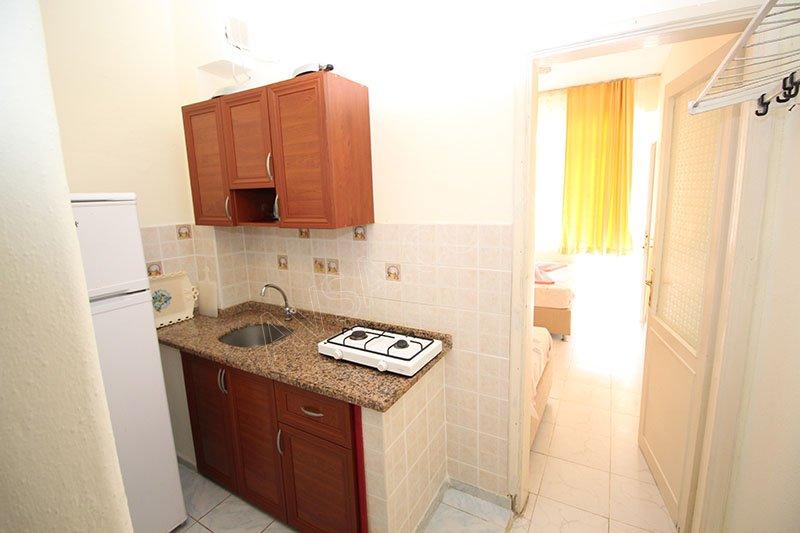 Ali Erdi Apart 05