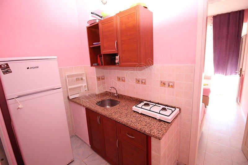 Ali Erdi Apart 17