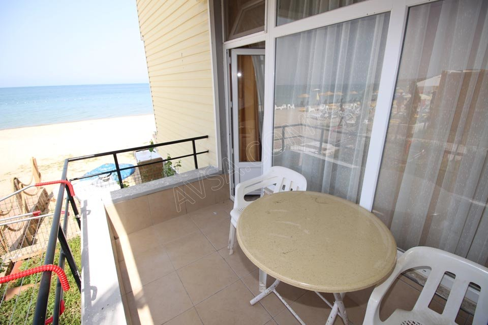 Avşa Arena Beach Hotel 07