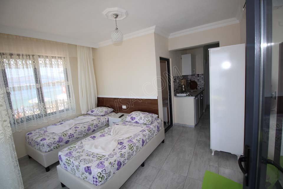 Avşa Temel Motel 04