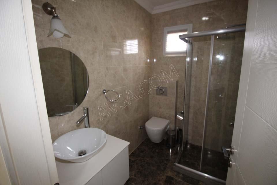 Avşa Ayışığı Apart Suit Oda Banyo
