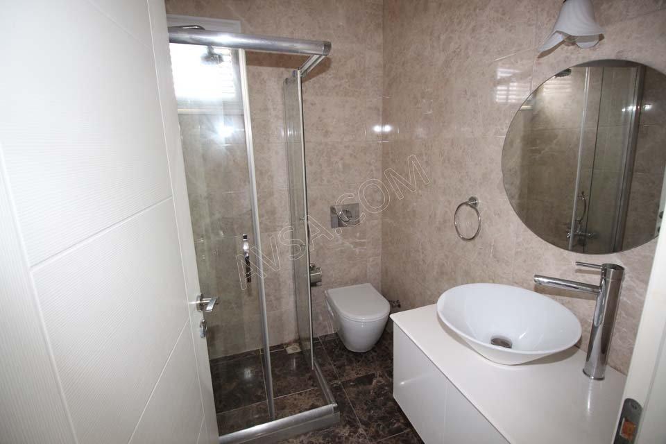 Avşa Ayışığı Apart Teras Suit Oda Banyo