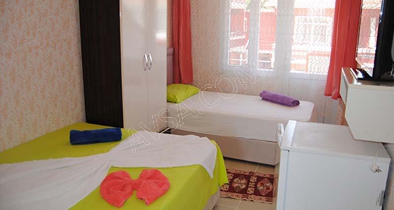 Avşa Bahar Motel Aqua Park Havuz 37