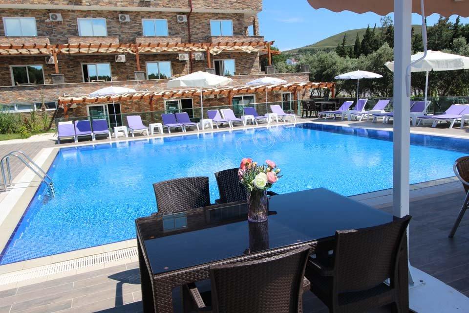 Avşa Mavi Koy Beach Resort Otel 05