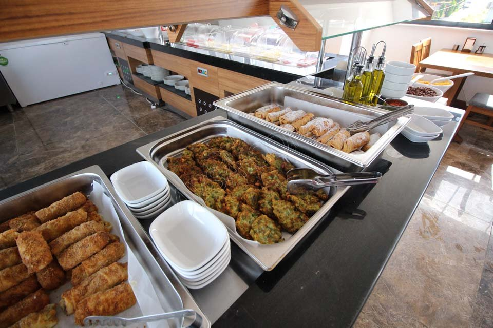 Avşa Özkaptan Aqua Otel Kahvaltı 08