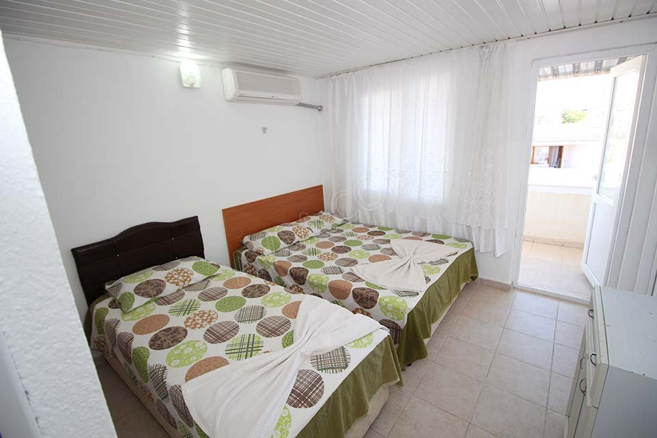 Avşa Ömer Deniz Apart Motel 02
